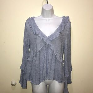 American Eagle Outfitters bell sleeve blue &white